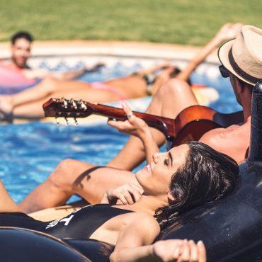 jak zorganizowac niezapomniane pool party