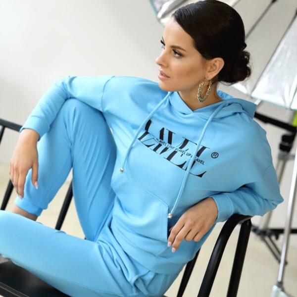 Bluza z kapturem Niebieska 021 przod LAVEL