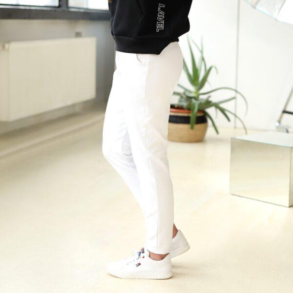 Spodnie dresowe z kieszeniami biale 031 przod LAVEL